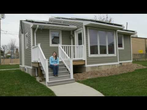 Missouri S&T 2002 Solar House Tour