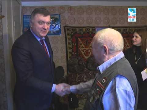 Глава района Олег Соковиков вручил медали 70 лет Победы павловопосадским ветеранам