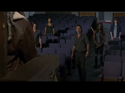 TWD S7E9 - The Group Is Presented To Ezekiel