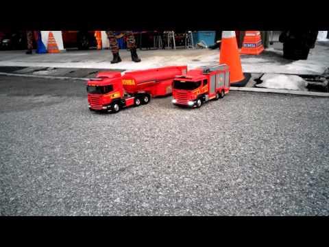 RC FIRE TRUCK ( BOMBA DAN PENYELAMAT  MALAYSIA)