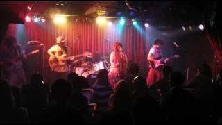 2011.12.16に渋谷Star Loungeで行われたDaft Pixyミニアルバム『黒い羽...