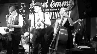 Sweet Emma and the Mood Swingers Lost on Los Olas.m4v
