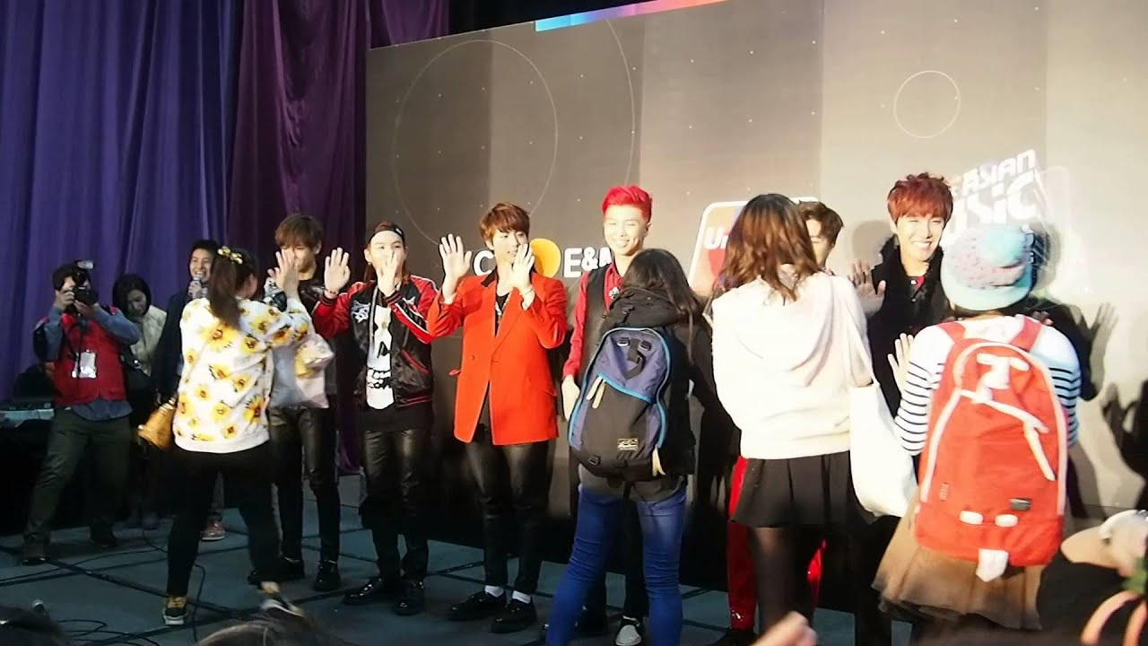 2014 mama mwave exclusive bts gets pumped meeting fans at high 2014 mama mwave exclusive bts gets pumped meeting fans at high five event youtube m4hsunfo
