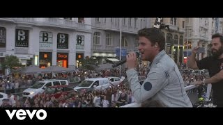 Смотреть клип Dani Martin - La Montaña Rusa Por Las Calles De Madrid