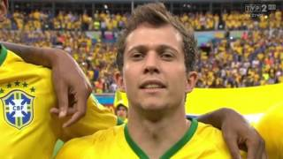Brazil vs. Germany-shirt footballers keep Neymar during anthem