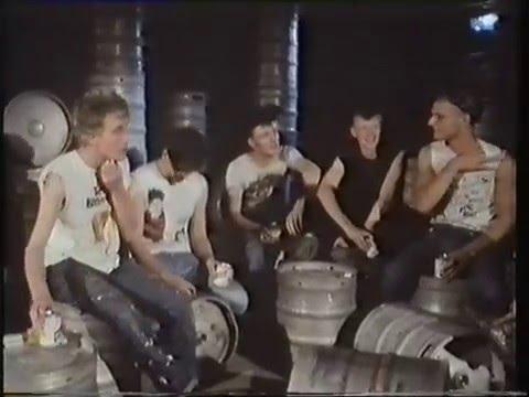 King Kurt Interview & Live Clips Riverside 19/09/83
