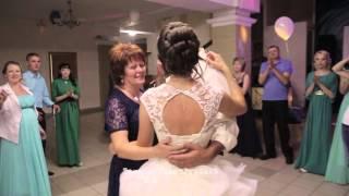 Самый трогательный танец отца и дочери