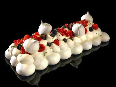 bûche-pavlova-aux-fruits-rouges