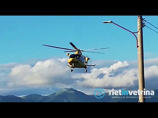 Donna cade dalle scale, interviene elicottero del 118