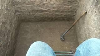 видео Устройство сливной ямы: конструкция, как правильно выкопать, посторить, обложить