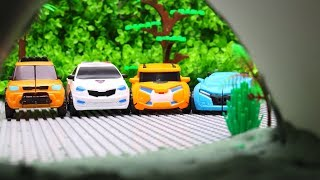 Tobot Stop motion Mini Robot McQueen & Car Toys Wolf attacks i…