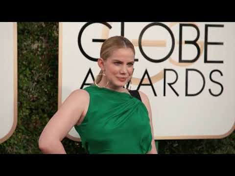 Anna Chlumsky Fashion - Golden Globes 2017