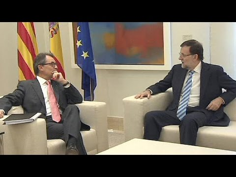 Spanish and Catalonian leaders meet in Madrid ahead of independence referendum
