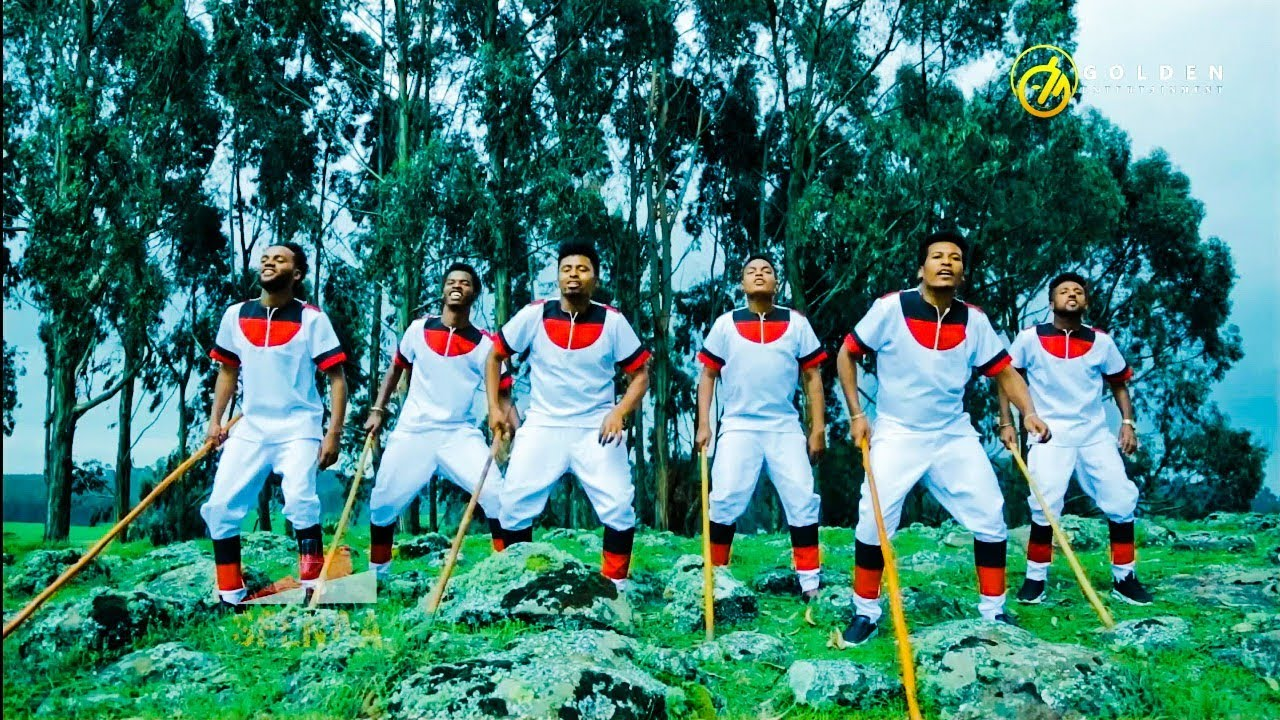Roorrisaa Geetuu - Manni Abbaan Tola - Ethiopian Oromo Music 2020 [Official Video]