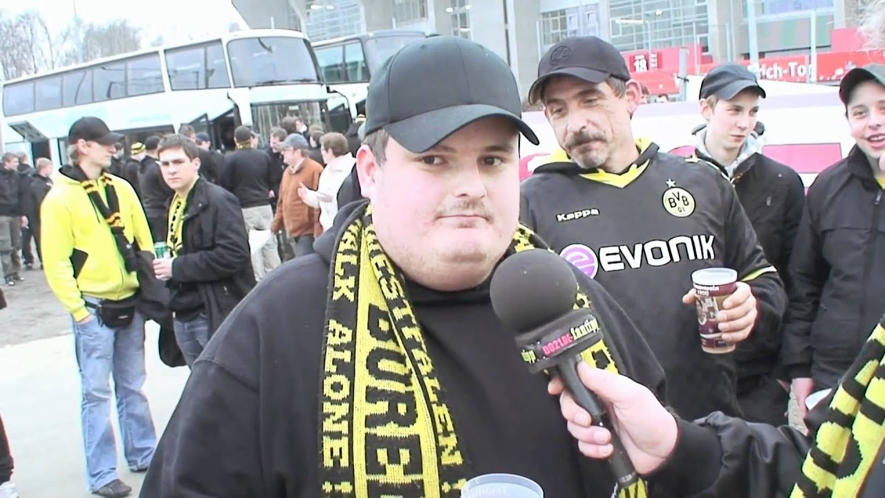 1. FC Kaiserslautern - Borussia Dortmund 1:1 - Fantipp 2 BVB-Dauerkarten zu gewinnen!