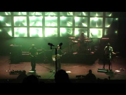 Pixies Paris 2013 09 30 with Kim Shattuck   Where is My Mind