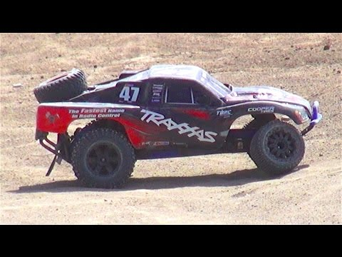 RC ADVENTURES - LAST MAN STANDiNG, Demolition Derby! PT 2 - Open Class 2WD 1/10th Scale Electric