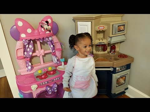Minnie Mouse Sweet Surprises Kitchen Pretend Cooking Youtube