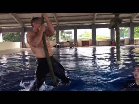 Latihan Crossfit sama Bang Eka Wira Sparko 😜 with Karenina Sunny
