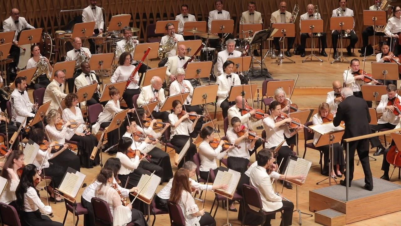 """Bernstein @ 100 in Shanghai: """"Candide"""" Overture"""