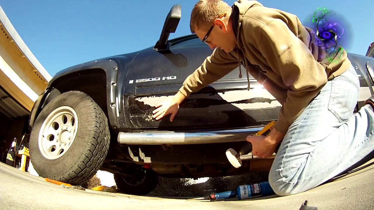 How to remove molding from a truck - Truck Molding Removal