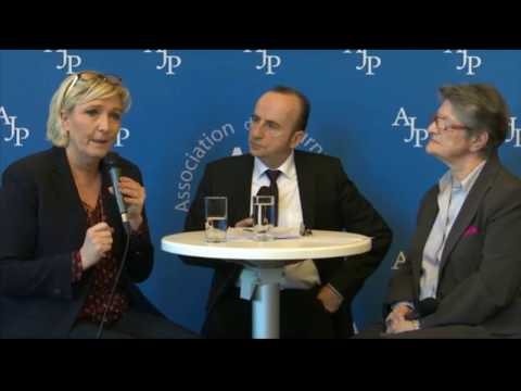 Marine Le Pen rencontre l'association des journalistes parlementaires à Assemblée Nationale