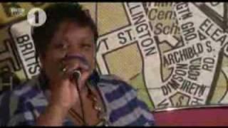 Dizzee Rascal - Dirty Cash money talks Dirtee Cash radio1 session