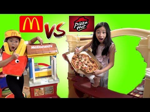 Pretend Play Mcdonalds Drive Thru vs Pizza Hut Challenge