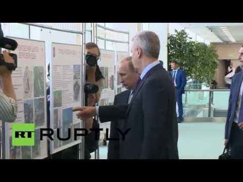 Russia: Putin shown VDNKh park revamp plans by Mayor Sobyanin