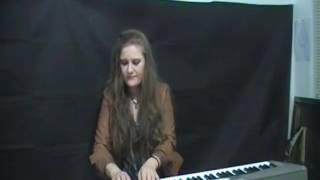 Improvisando en el piano