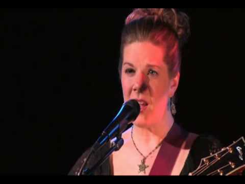 Dar Williams - Iowa (Live version)