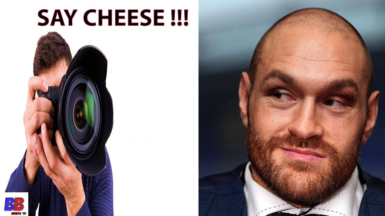 TYSON FURY GLOVES PHOTOSHOPPED OR LEGIT ? WAS THE PADDING REMOVED OR FULLY PADDED.