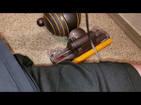 Dyson vs Miele, carpet edge clean test. SHOCKING😱