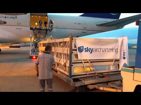 TF-AMI  Loading  Ankara Airport  & Sky Air Chartering