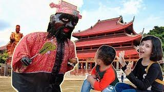 Nonton Barongsai di Klenteng Sam Poo Kong - Keren Banget