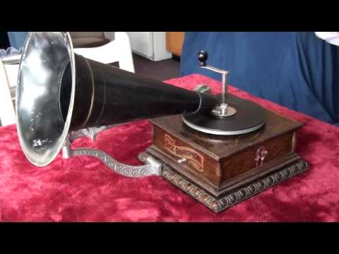 "1901 Columbia Top Wind Model ""AJ"" Graphophone Playing 1901 Zonophone Phonograph Record"