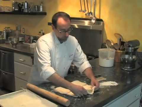 Cách Làm Bánh Sừng Trâu