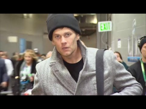 What You Didn't See at the Super Bowl: Tom Brady Leaving Looking Miserable