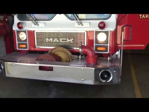 VERY QUICK SIREN DEMO OF EAST HUNTINGDON TOWNSHIP VOLUNTEER FIRE CO. ENGINE 74-1 IN ALVERTSON, PA.