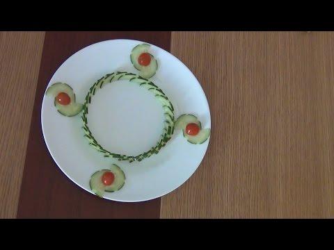 Hướng dẫn trang trí viền dưa leo cho đĩa thức ăn