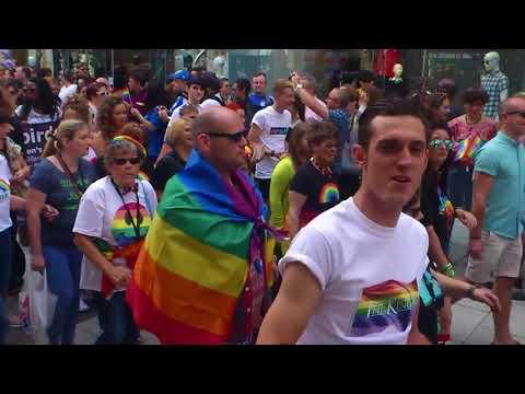 Pride Cymru 2017 Full Parade, Cardiff 2017-08-26