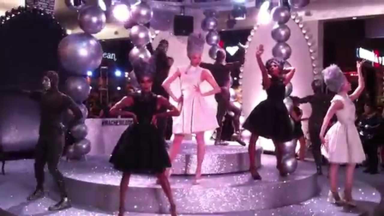 U0026quot;Strike A Poseu0026quot; - Vogue @MAC Cosmetics Event (Las Vegas NV) - YouTube