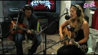 Colbie Caillat - Bubbly (Live at Giel 3FM)