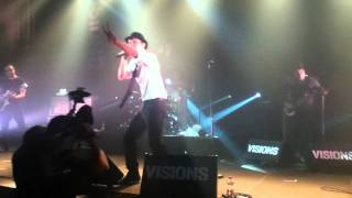 Maximo Park - Waves of Fear / New song 2011 (Live)