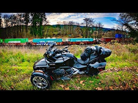 Roadside Train Capture!! • Is My Spyder Burning..? | TheSmoaks Vlog_1473