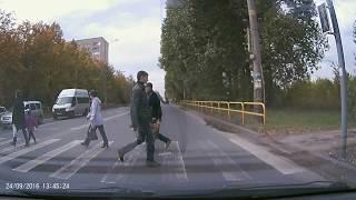 Запись с видеорегистратора PRESTIGIO RoadRunner 330
