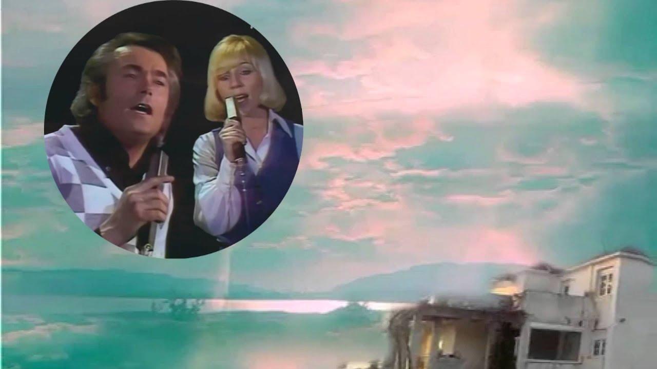 Alain Barrière & Noelle Cordier - Tu t'en vas Lyrics ...