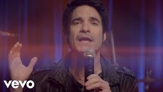 Train - 50 Ways to Say Goodbye(Train's official music video for '50 Ways To Say Goodbye'. Click to listen to Train on Spotify: http://smarturl.it/TrainSpot?IQid=Train50 As featured on Train: The ..., 2012-06-29T07:00:32.000Z)