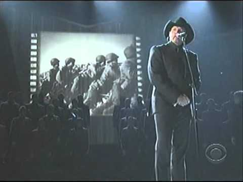 Trace Adkins on the CMAs With West Point Glee Club - Til The Last Shot's Fired