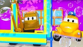 Автомойка Эвакуатора Тома и Кран Дейн | Мультфильмы с машинками для детей